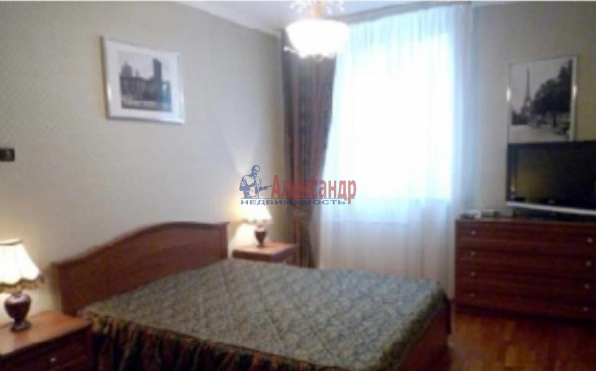 1-комнатная квартира (32м2) в аренду по адресу Стойкости ул., 19— фото 2 из 3