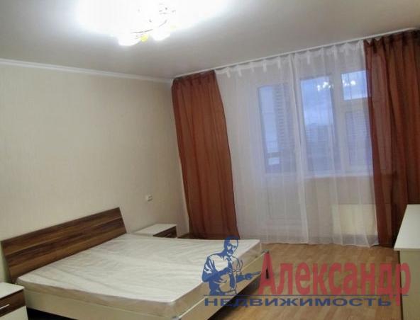 2-комнатная квартира (67м2) в аренду по адресу Пулковская ул., 6— фото 3 из 5