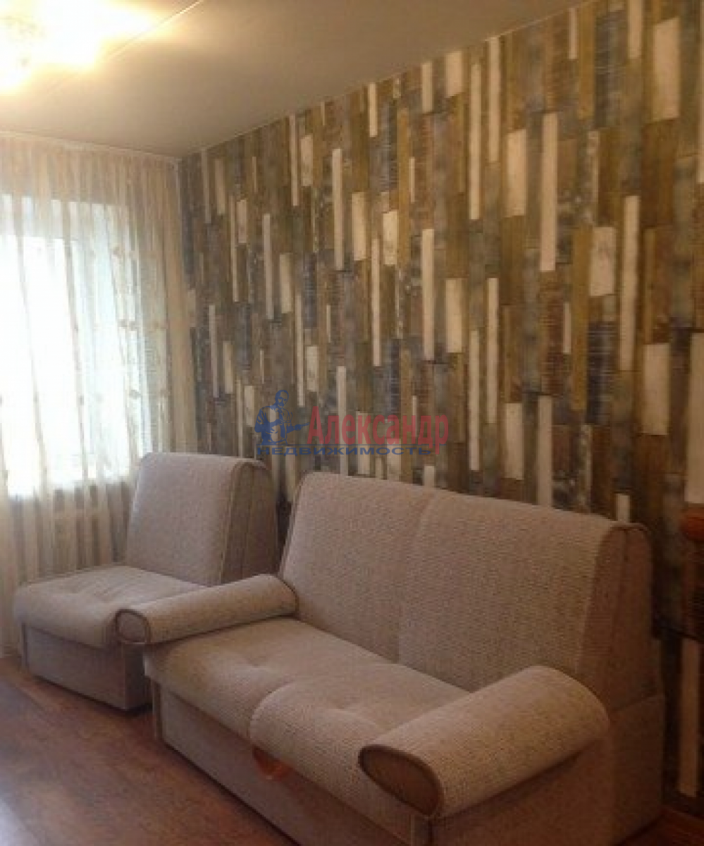 1-комнатная квартира (40м2) в аренду по адресу Маршала Захарова ул., 60— фото 3 из 8
