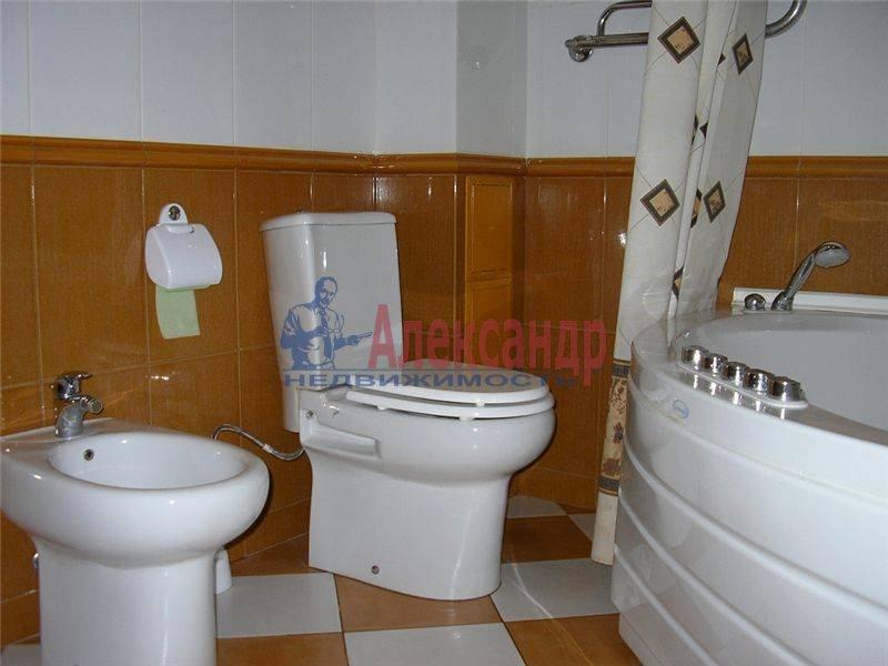 1-комнатная квартира (45м2) в аренду по адресу Воскресенская наб., 4— фото 2 из 2