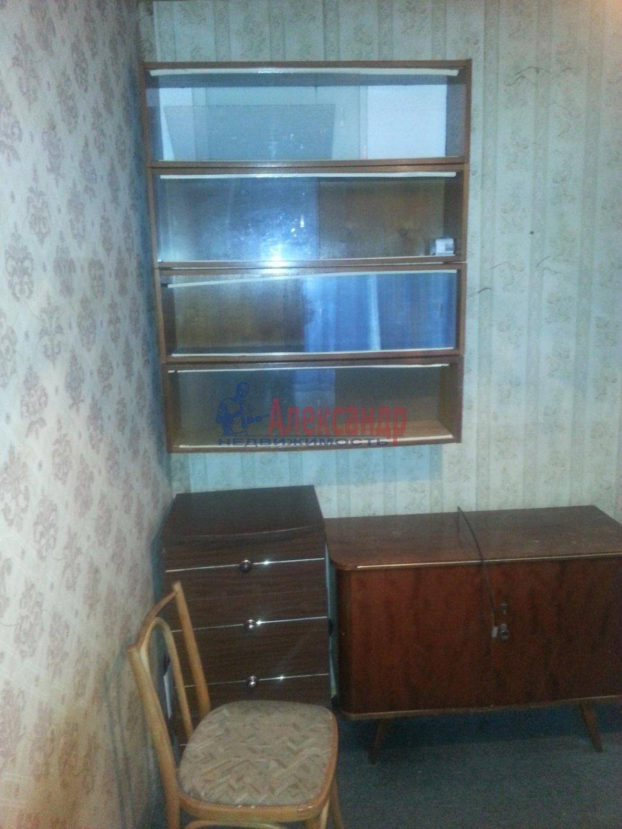3-комнатная квартира (49м2) в аренду по адресу Лени Голикова ул., 24— фото 14 из 20