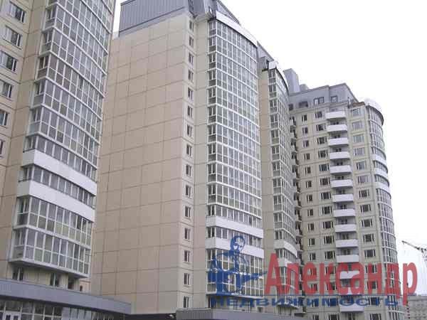 1-комнатная квартира (40м2) в аренду по адресу Комендантский пр., 13— фото 4 из 6