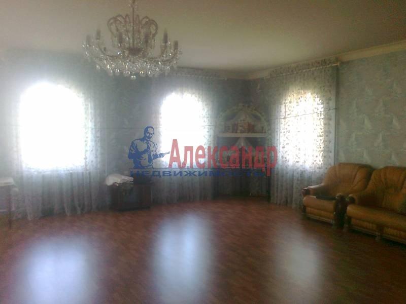 Дом (400м2) в аренду — фото 1 из 5