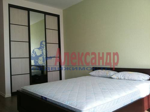 2-комнатная квартира (75м2) в аренду по адресу Космонавтов просп., 61— фото 17 из 17