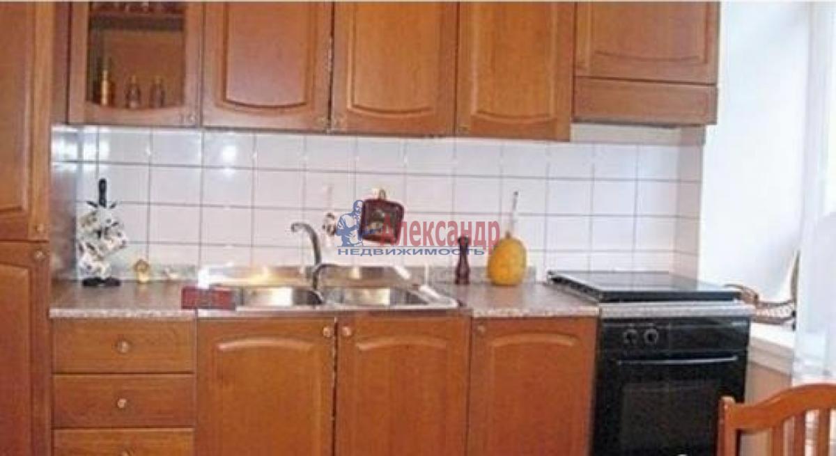1-комнатная квартира (32м2) в аренду по адресу Стойкости ул., 19— фото 1 из 3