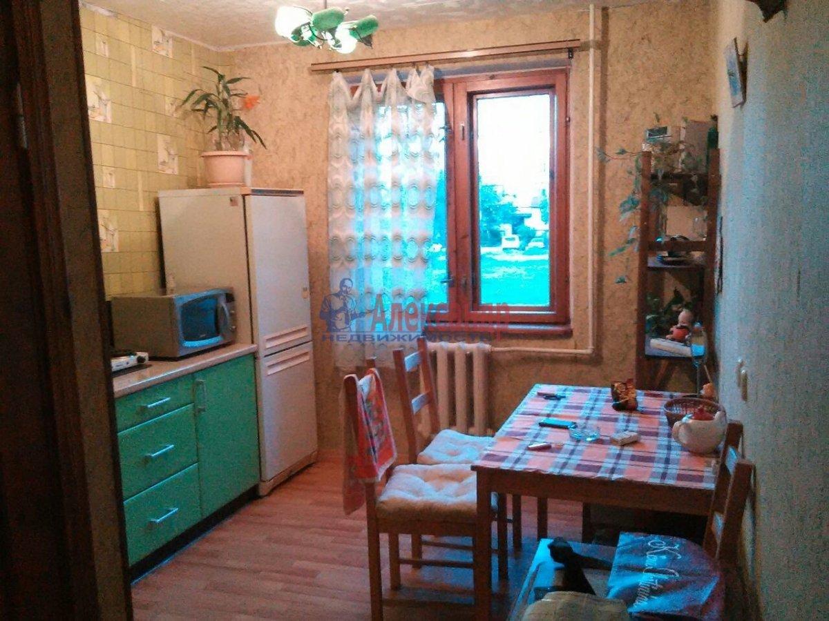 1-комнатная квартира (32м2) в аренду по адресу Сертолово г., Заречная ул., 6— фото 2 из 3