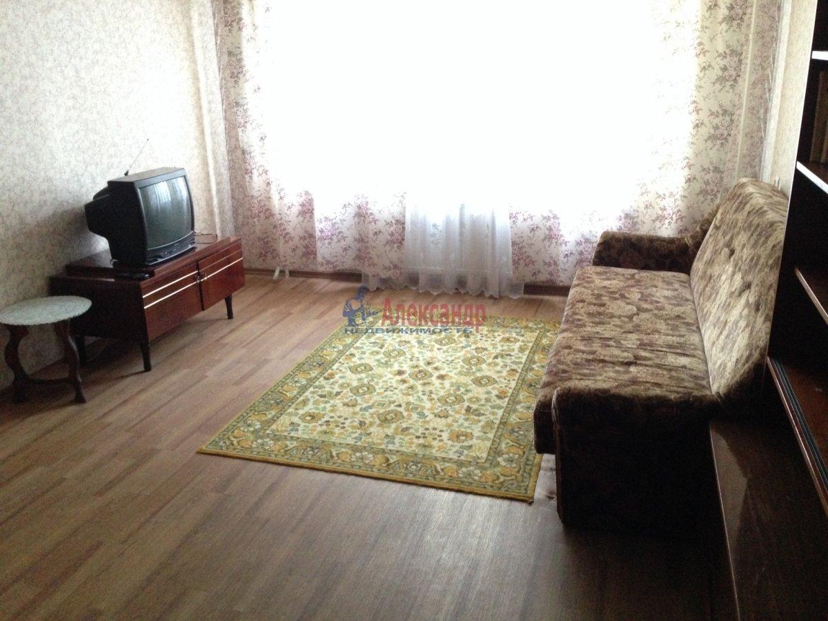 1-комнатная квартира (35м2) в аренду по адресу Космонавтов просп., 65— фото 3 из 9
