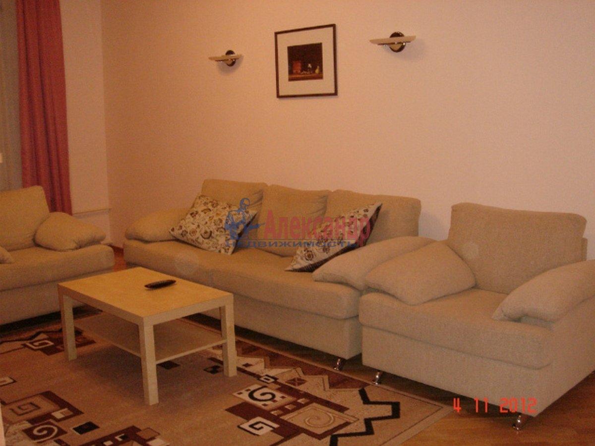 3-комнатная квартира (102м2) в аренду по адресу Невский пр., 162— фото 3 из 10