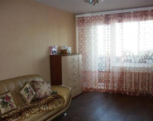 1-комнатная квартира (40м2) в аренду по адресу Кораблестроителей ул., 46— фото 1 из 2