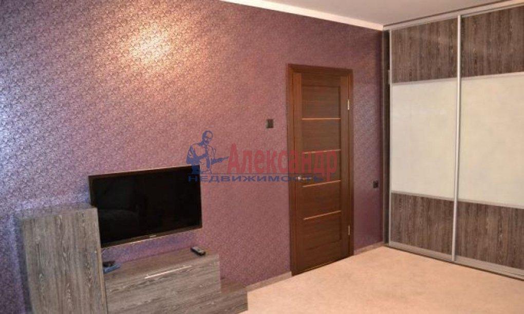 1-комнатная квартира (41м2) в аренду по адресу Пулковская ул., 8— фото 7 из 9