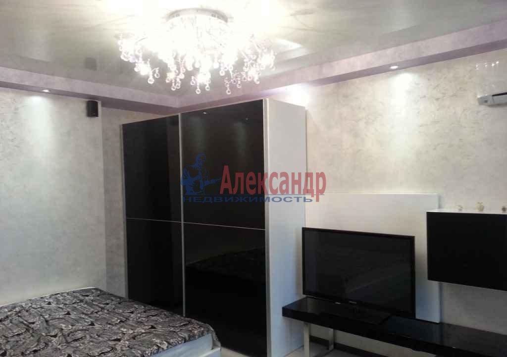1-комнатная квартира (40м2) в аренду по адресу Заневский пр., 32— фото 3 из 4