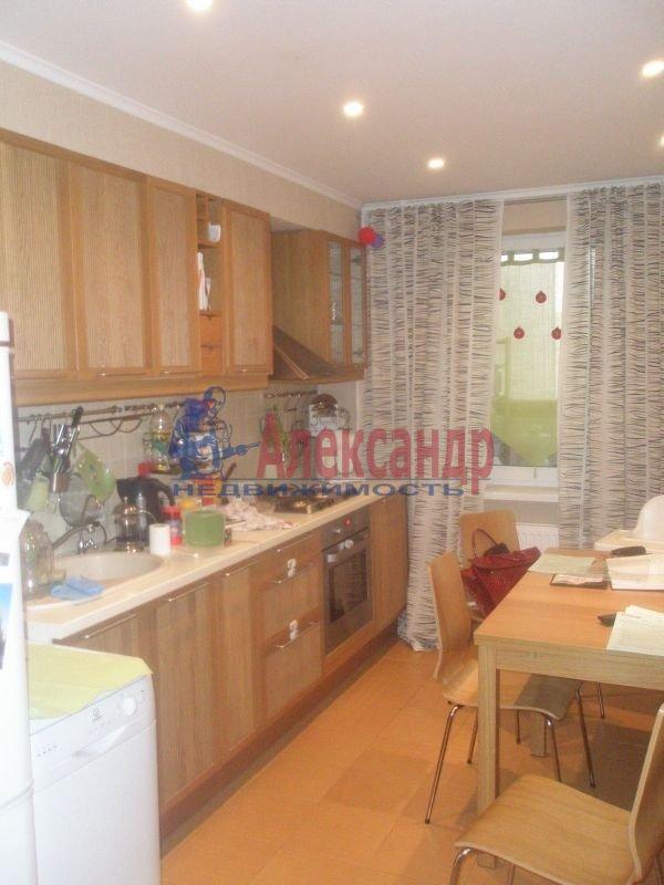 1-комнатная квартира (40м2) в аренду по адресу Бассейная ул., 55— фото 1 из 6