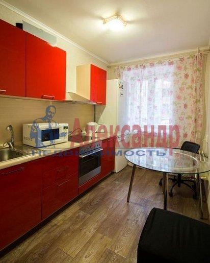 1-комнатная квартира (42м2) в аренду по адресу Бутлерова ул., 40— фото 1 из 4