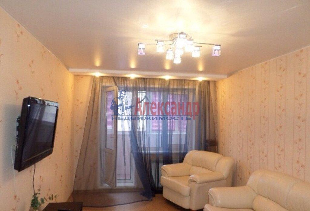1-комнатная квартира (32м2) в аренду по адресу Кораблестроителей ул., 23— фото 1 из 2