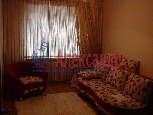 Комната в 2-комнатной квартире (58м2) в аренду по адресу Торжковская ул., 1— фото 1 из 2