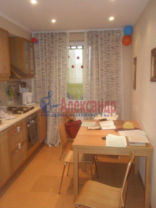 1-комнатная квартира (40м2) в аренду по адресу Бассейная ул., 55— фото 2 из 6