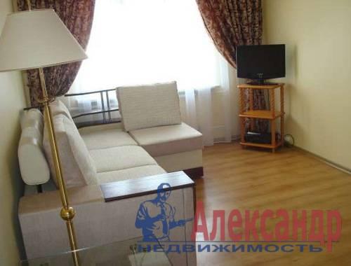 2-комнатная квартира (46м2) в аренду по адресу Гаккелевская ул., 22— фото 1 из 4