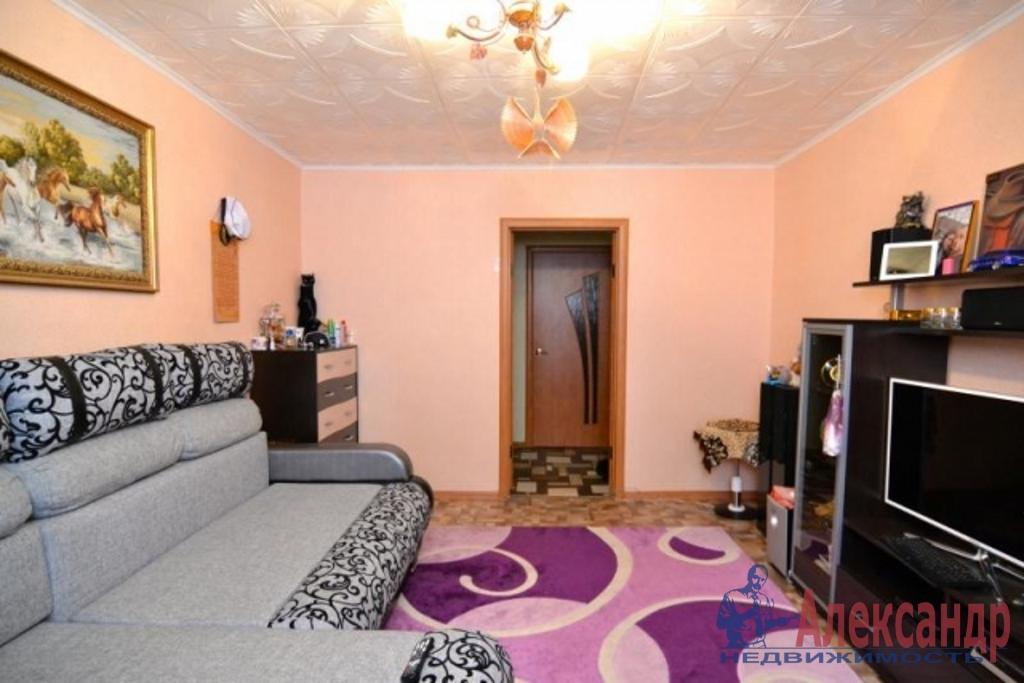 2-комнатная квартира (57м2) в аренду по адресу Большой пр., 60— фото 1 из 3