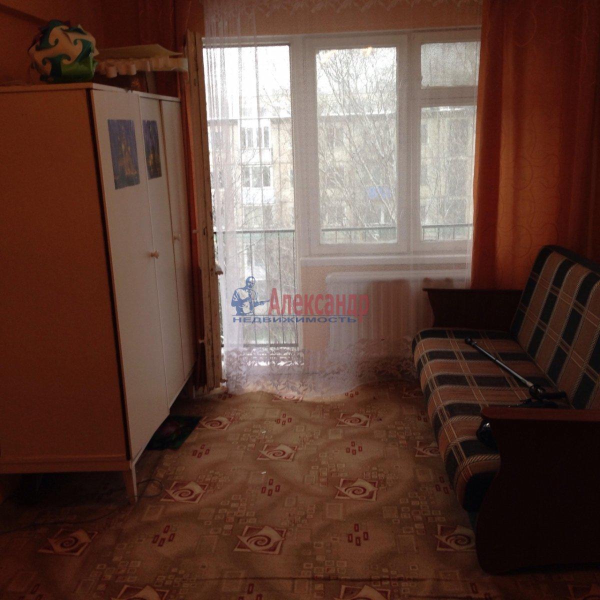 1-комнатная квартира (36м2) в аренду по адресу Карпинского ул., 31— фото 2 из 7