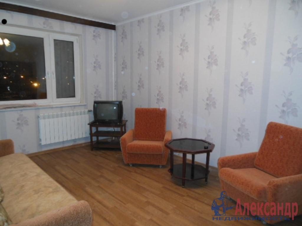 3-комнатная квартира (75м2) в аренду по адресу Кораблестроителей ул., 37— фото 1 из 7