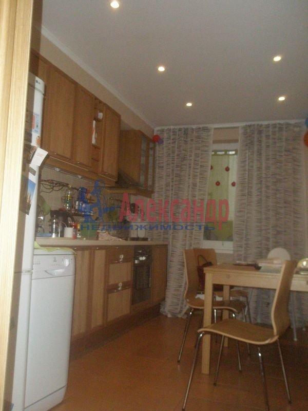 1-комнатная квартира (40м2) в аренду по адресу Бассейная ул., 55— фото 3 из 6