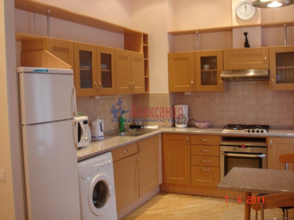 3-комнатная квартира (102м2) в аренду по адресу Невский пр., 162— фото 4 из 10