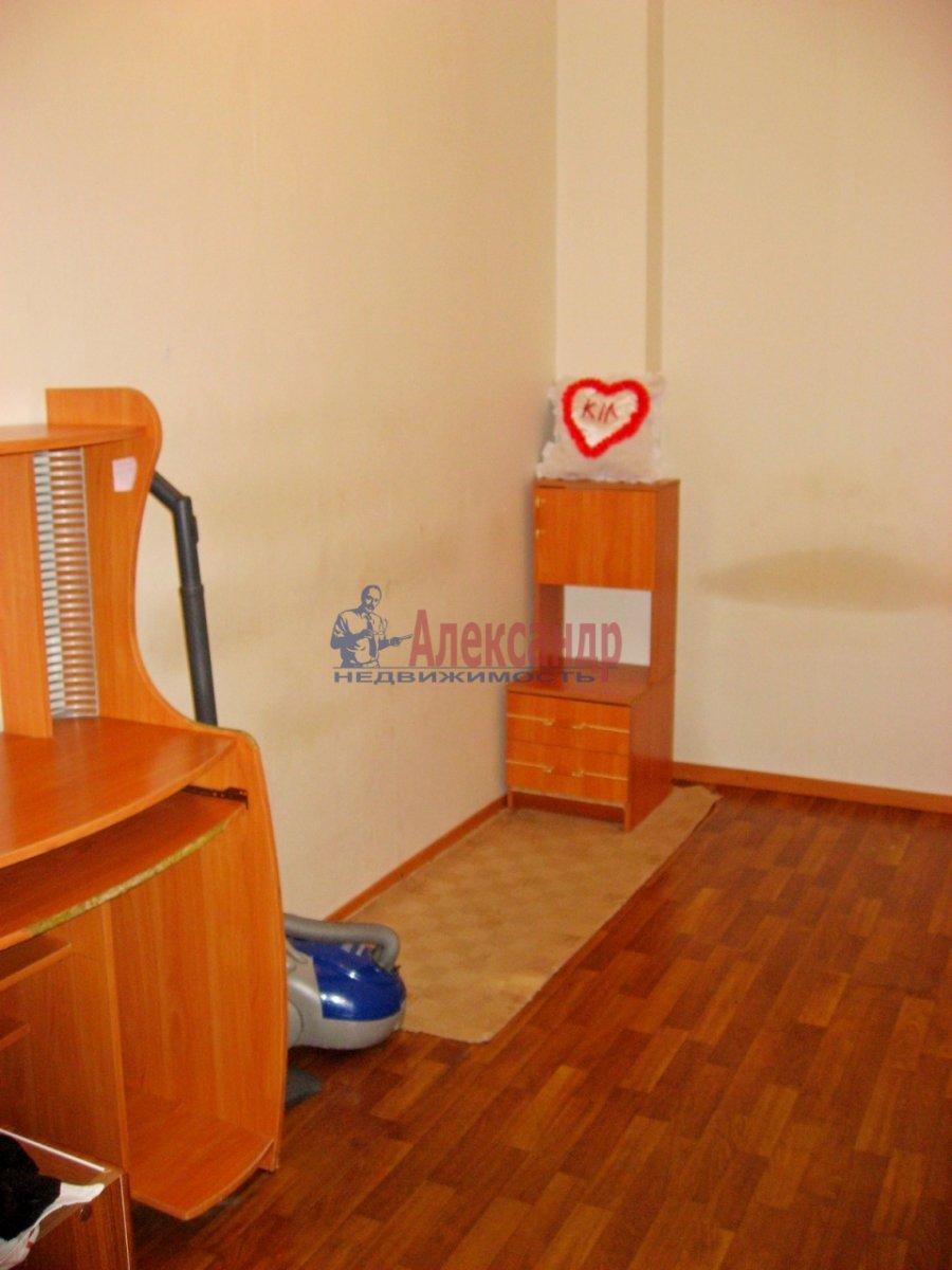 2-комнатная квартира (65м2) в аренду по адресу Савушкина ул., 143— фото 5 из 13