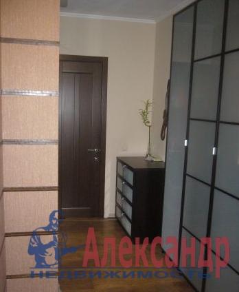 1-комнатная квартира (60м2) в аренду по адресу Коломяжский пр., 15— фото 3 из 3