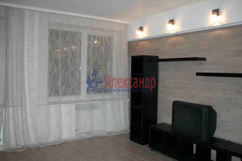 2-комнатная квартира (62м2) в аренду по адресу 1 Утиная ул., 28— фото 1 из 10