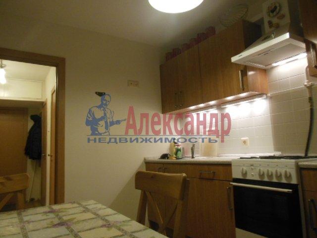 1-комнатная квартира (41м2) в аренду по адресу Димитрова ул., 2— фото 1 из 4