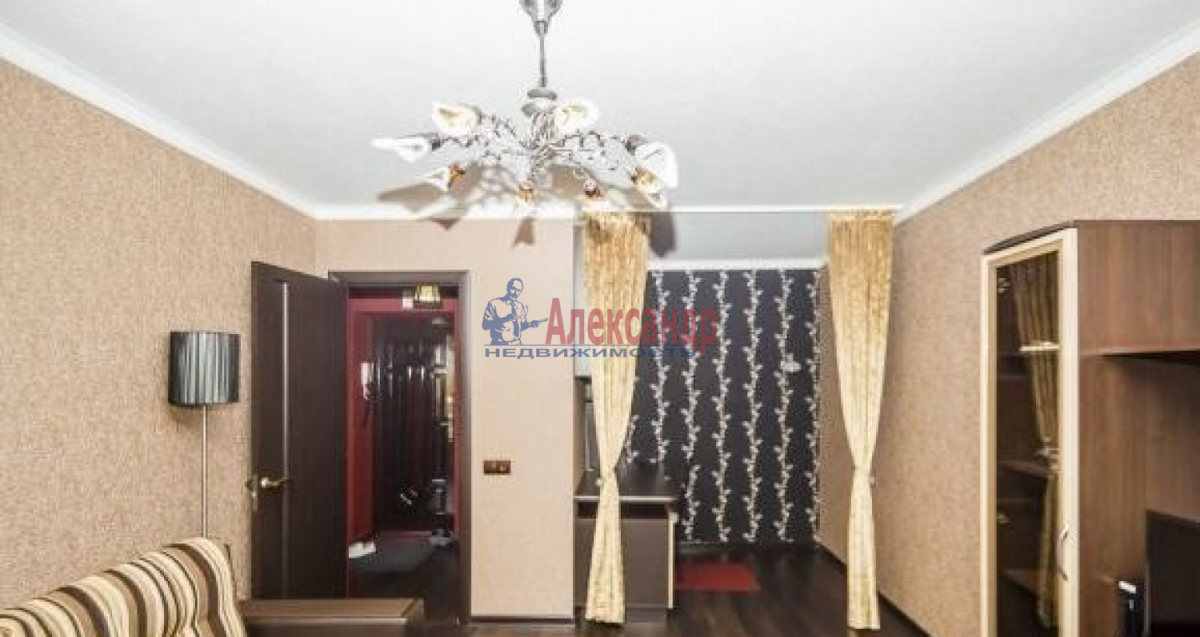 1-комнатная квартира (40м2) в аренду по адресу Лени Голикова ул., 29— фото 3 из 6
