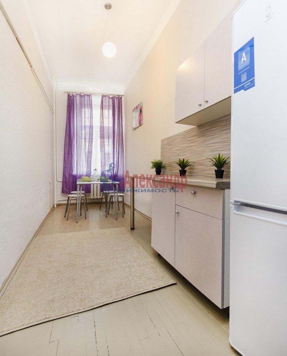 1-комнатная квартира (42м2) в аренду по адресу Большая Конюшенная ул., 2— фото 4 из 6