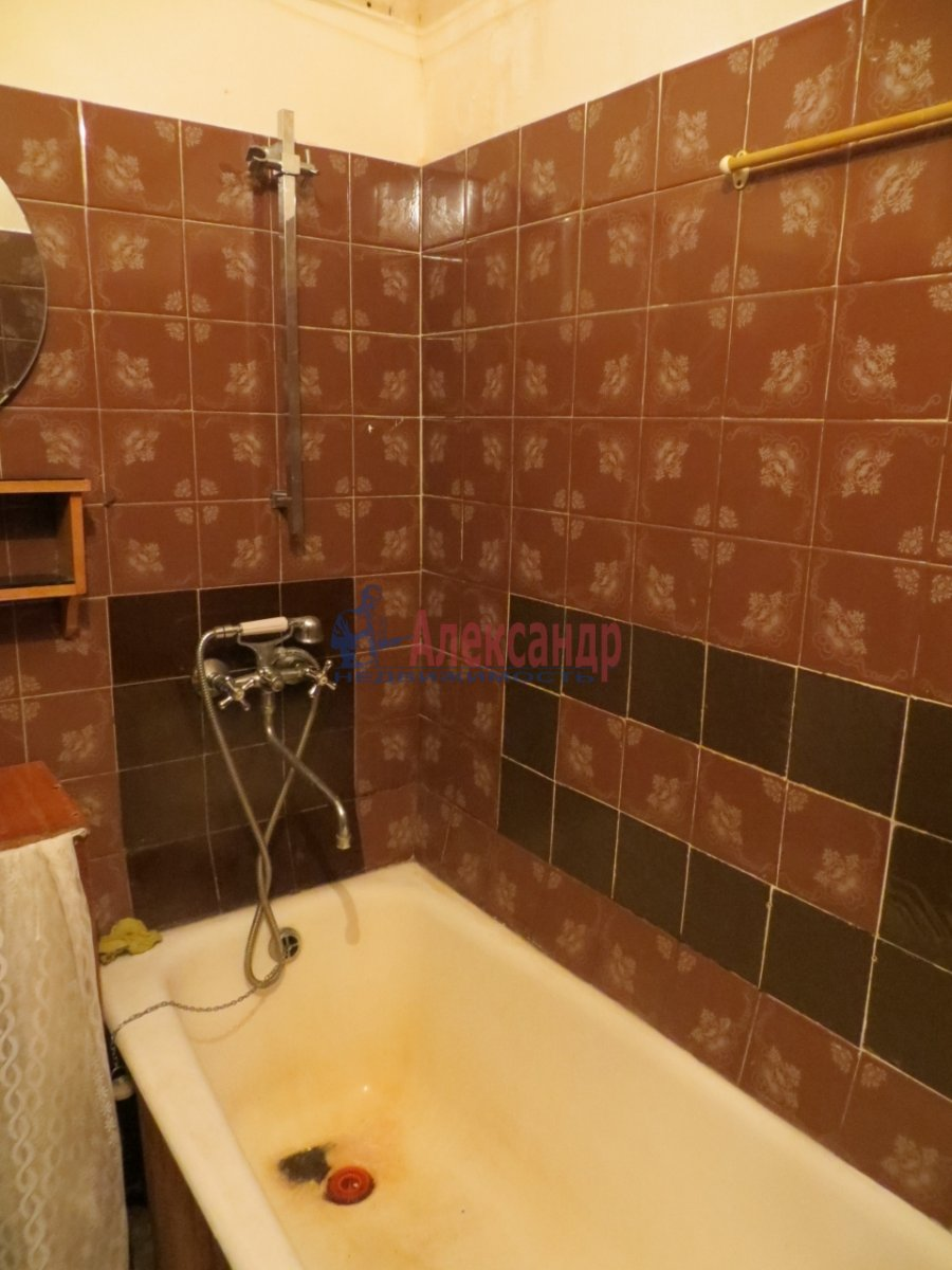 1-комнатная квартира (40м2) в аренду по адресу Ленсовета ул., 90— фото 3 из 4