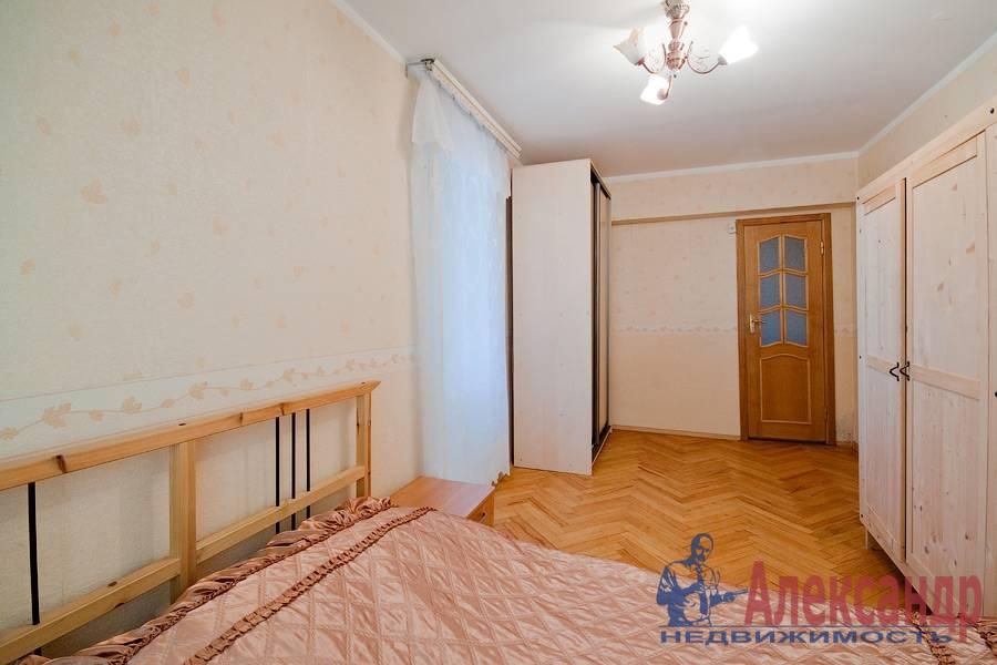 2-комнатная квартира (78м2) в аренду по адресу Кузнецовская ул., 8— фото 3 из 8