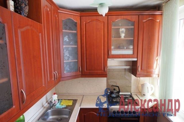 1-комнатная квартира (42м2) в аренду по адресу Большой пр., 97— фото 2 из 2