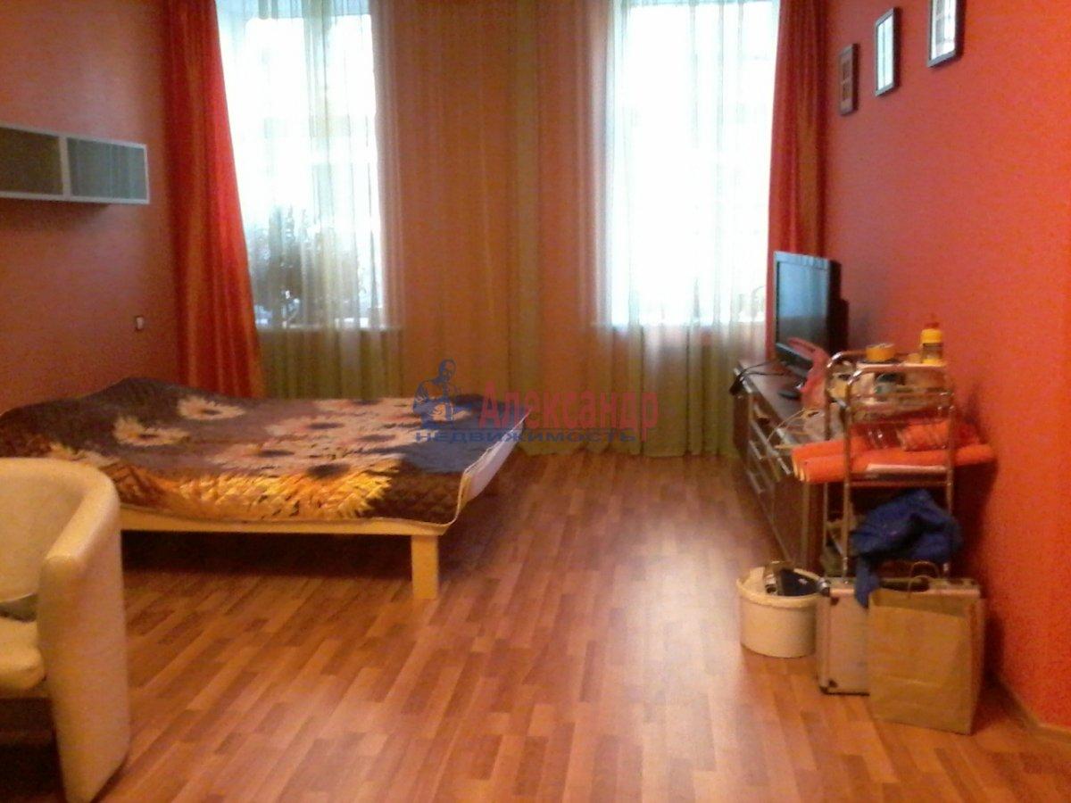 2-комнатная квартира (49м2) в аренду по адресу Вознесенский пр., 43— фото 2 из 6