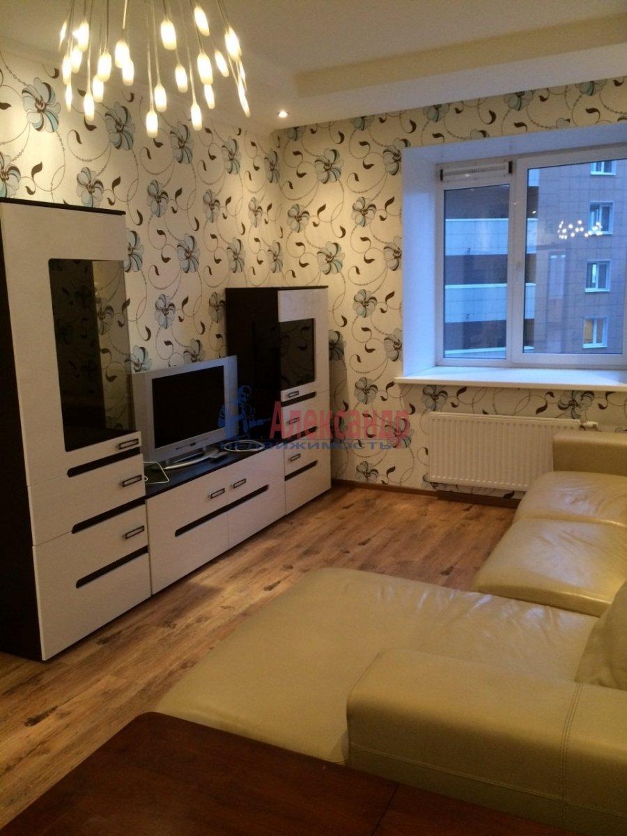2-комнатная квартира (69м2) в аренду по адресу Просвещения пр., 15— фото 9 из 10