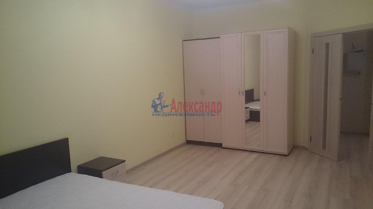 Комната в 3-комнатной квартире (96м2) в аренду по адресу Наличная ул., 36— фото 3 из 8