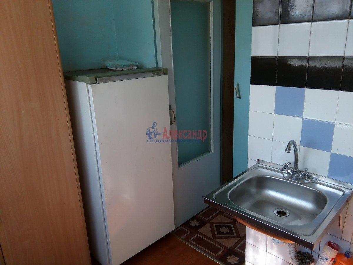 2-комнатная квартира (45м2) в аренду по адресу Петергофское шос., 5— фото 5 из 9