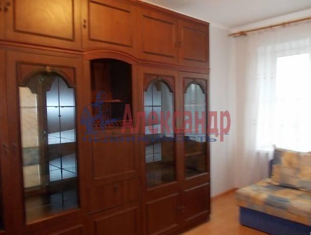 Комната в 3-комнатной квартире (57м2) в аренду по адресу Бухарестская ул., 15— фото 2 из 3