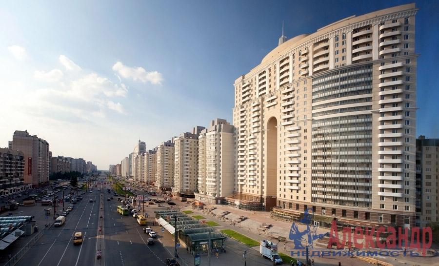 1-комнатная квартира (40м2) в аренду по адресу Комендантский пр., 13— фото 1 из 6