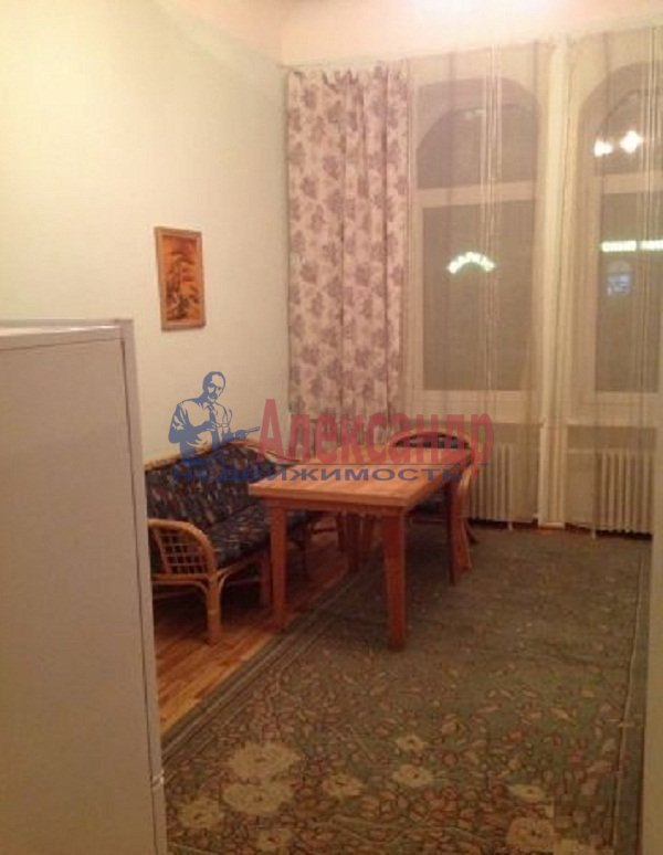 2-комнатная квартира (59м2) в аренду по адресу Новочеркасский пр., 32— фото 4 из 5
