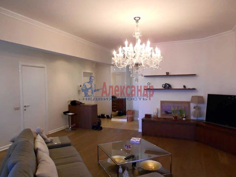 2-комнатная квартира (65м2) в аренду по адресу Морская наб., 17— фото 3 из 4