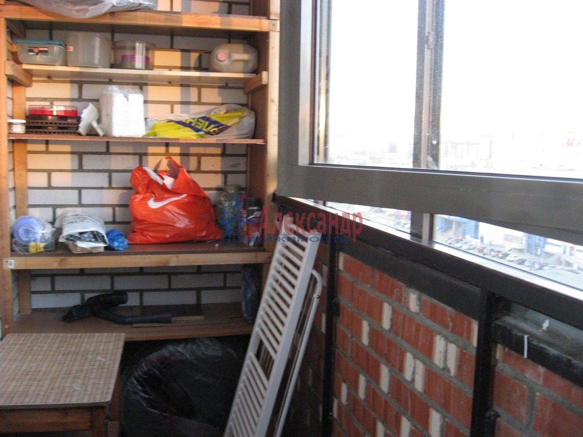 2-комнатная квартира (65м2) в аренду по адресу Савушкина ул., 143— фото 7 из 13