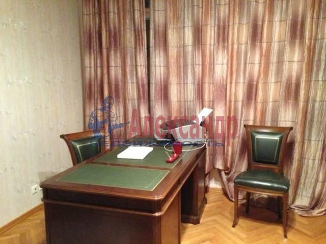 3-комнатная квартира (145м2) в аренду по адресу Каменноостровский пр., 73-75— фото 9 из 11