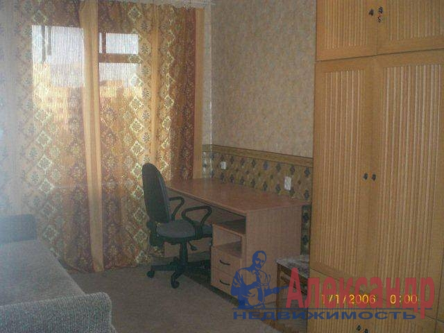 1-комнатная квартира (35м2) в аренду по адресу Сикейроса ул., 4— фото 2 из 3