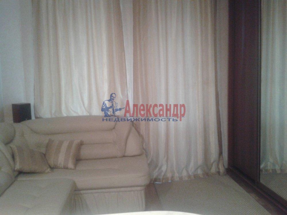 1-комнатная квартира (30м2) в аренду по адресу Савушкина ул., 143— фото 2 из 7
