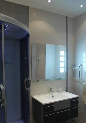 3-комнатная квартира (95м2) в аренду по адресу Невский пр., 142— фото 3 из 3