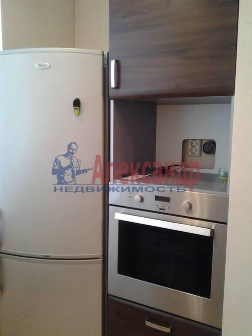 1-комнатная квартира (40м2) в аренду по адресу Гаккелевская ул., 31— фото 2 из 4