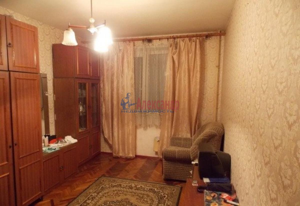 Комната в 3-комнатной квартире (90м2) в аренду по адресу Садовая ул., 83— фото 1 из 2